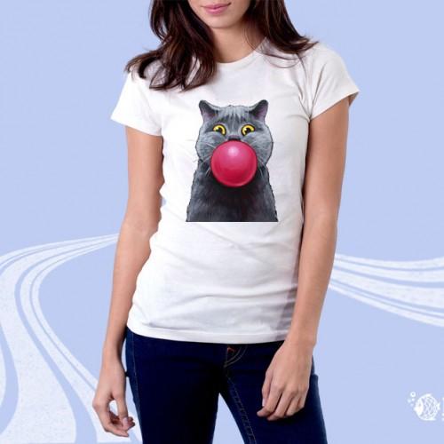 """Женская футболка с принтом """"Кошка надувает шарик"""""""