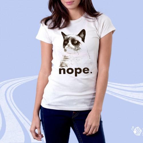 """Женская футболка с принтом """"Nope"""""""