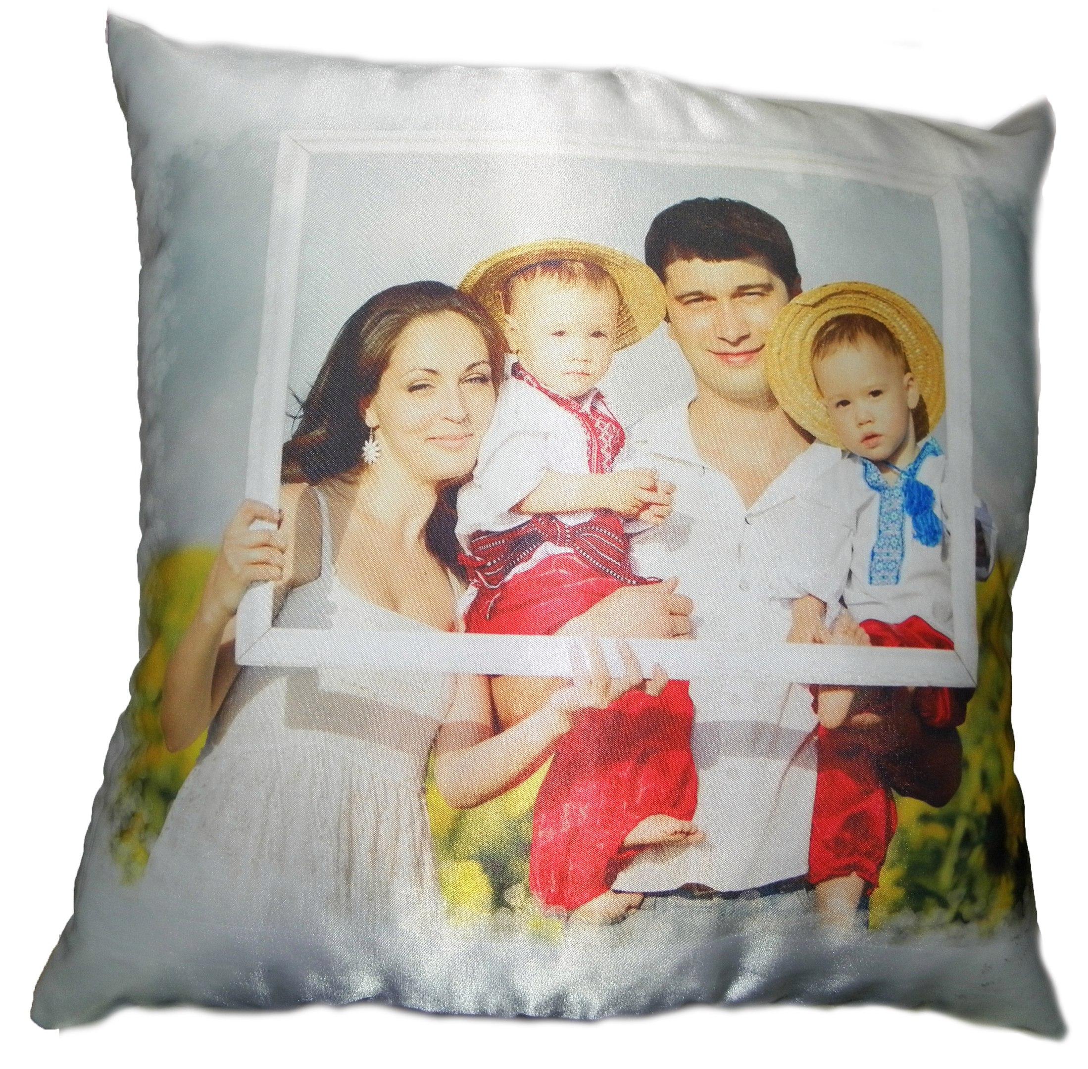 Красивая подушка со своим принтом на заказ в Днепропетровске